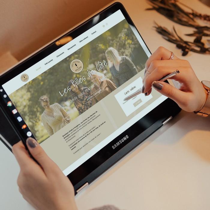 les filles d'à côté - Jérémy Cochet graphiste print & web